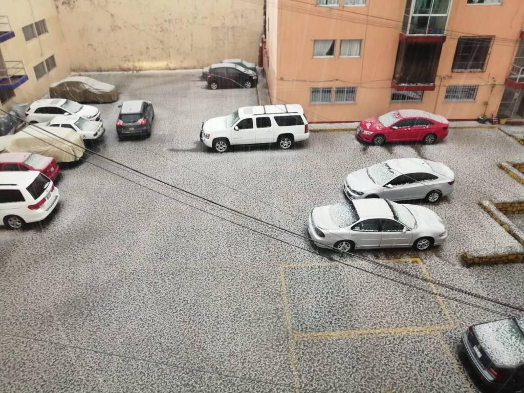 Varios autos se vieron afectados debido la granizada