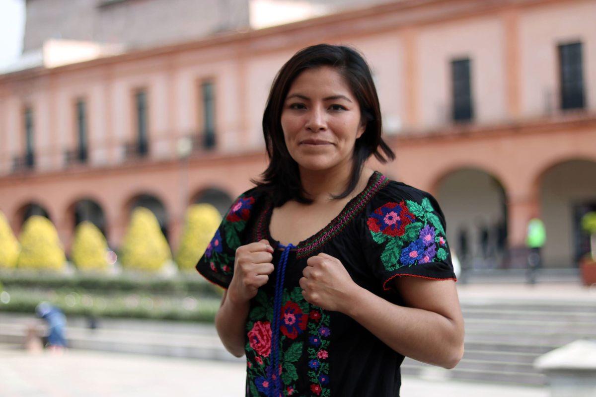 La boxeadora en una sesión de fotos en territorio mexiquense