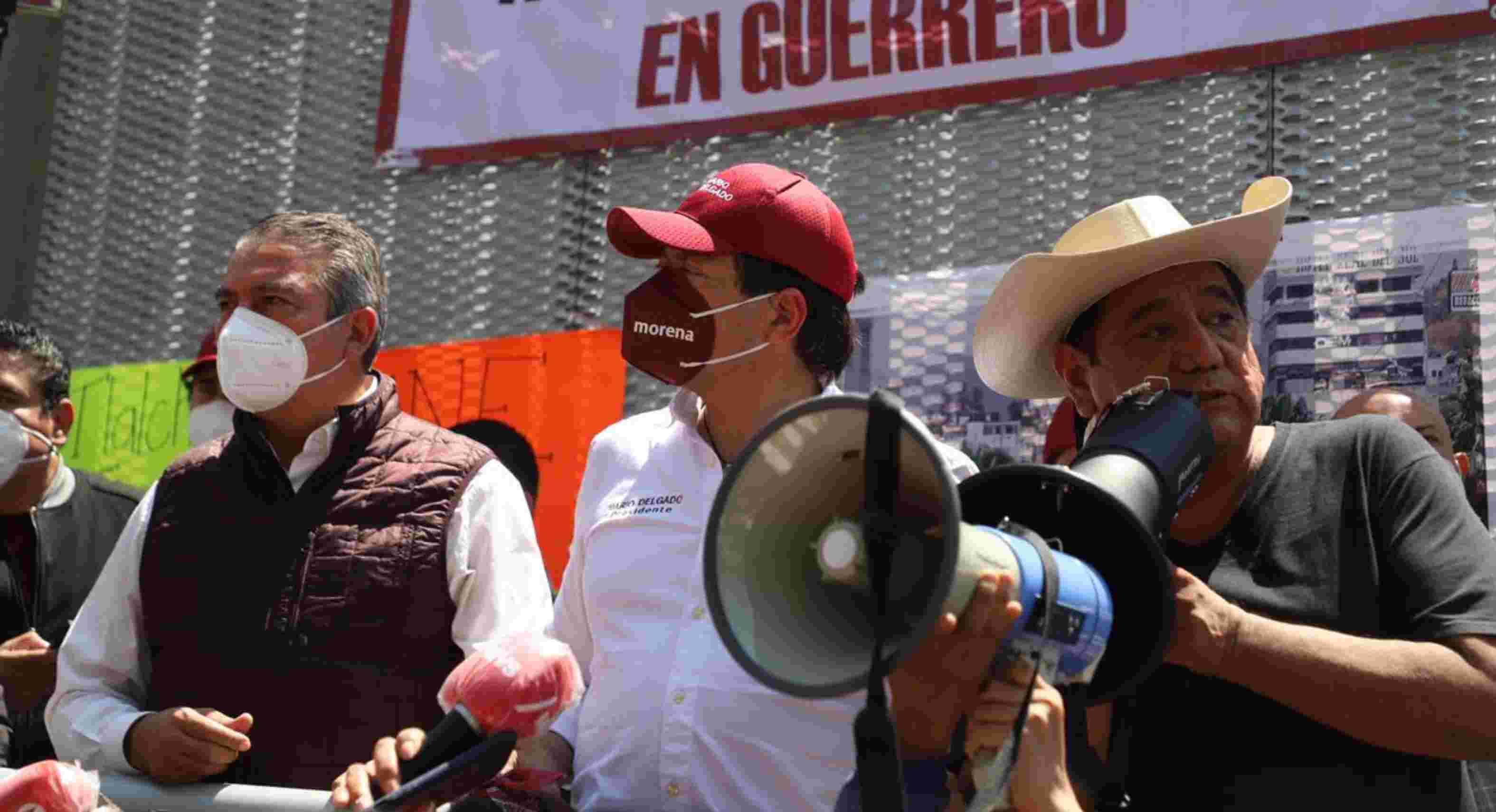 Desaparecer el INE; Morena va con juicio para 7 consejeros del Instituto
