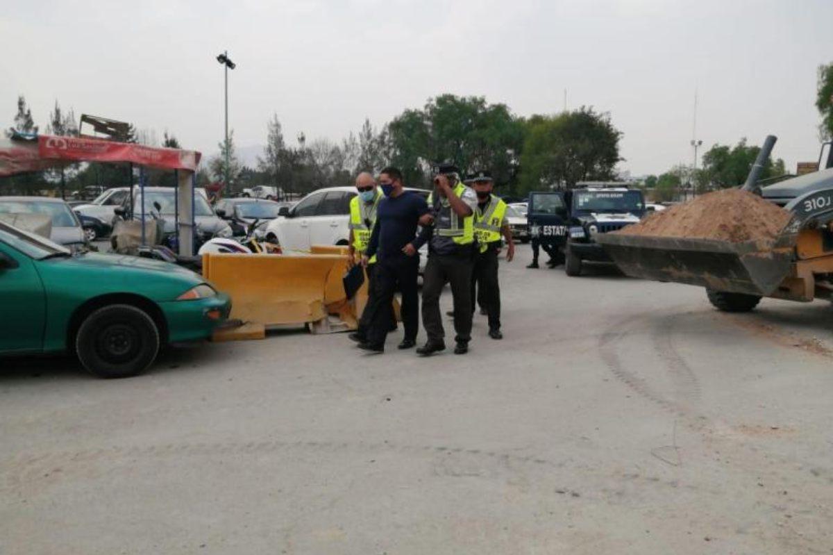 ¡Con las manos en la masa! detienen a presunto policía extorsionador