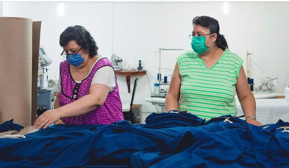 Mauiladoras trabajando en básicos de México