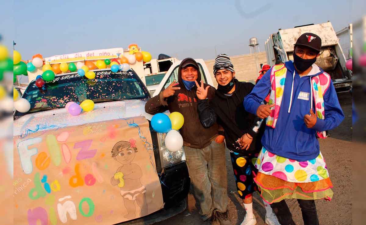 Recolectores de basura de Toluca festejan el día del niño.