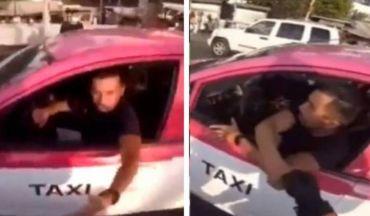 Taxista se disculpa con conductor después de percance vehicular