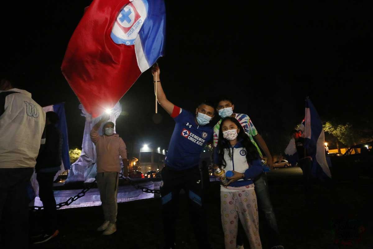 ¡Cruz Azul campeón! Así celebró la afición cementera en las calles de Toluca