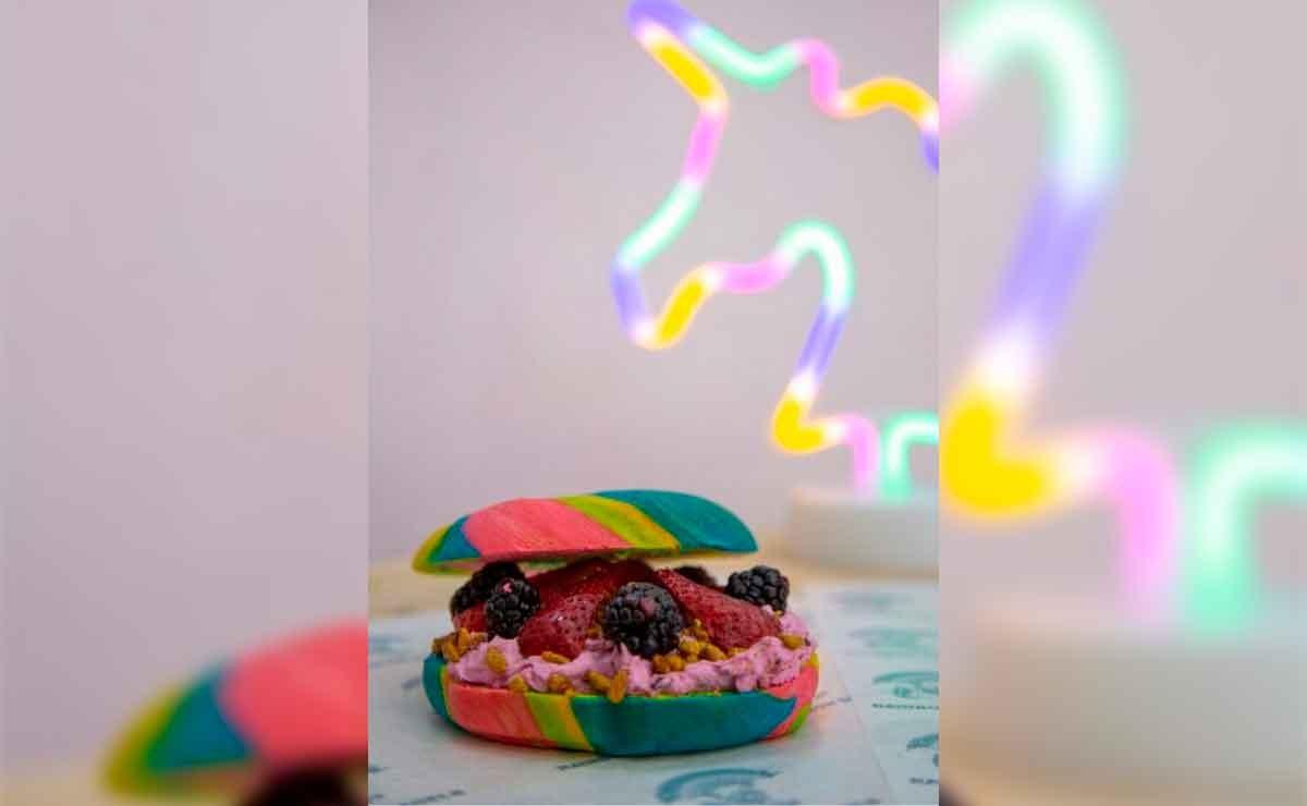 Conoce el pan arcoíris que surge en honor de la comunidad LGBT