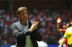 El discurso de Hernán Cristante a su equipo escarlata se ha vuelto viral en redes sociales debido al sentimiento