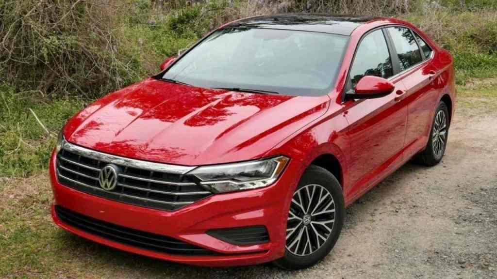 empresa Volkswagen México hace un llamado a revisión a los consumidores que hayan adquirido uno de los siguientes vehículos.