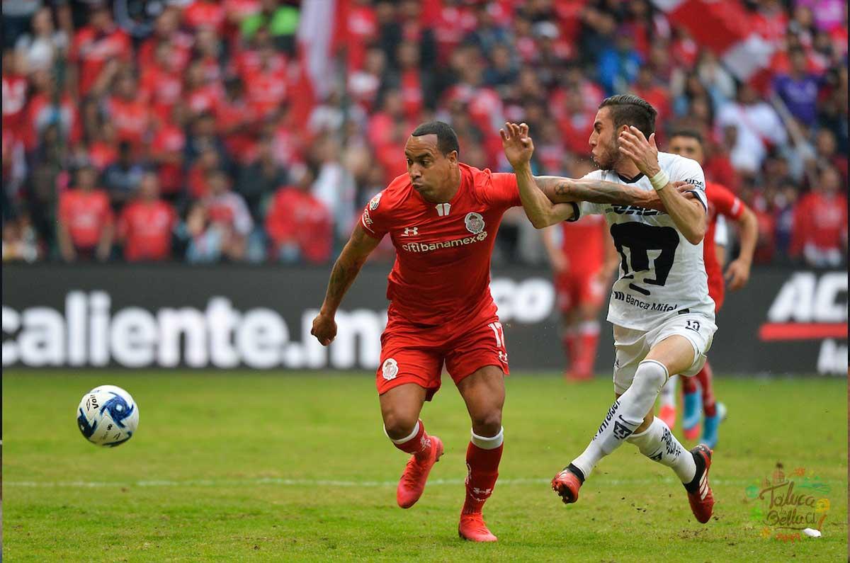 Felipe PArdo en su paso por el club escarlata, ahora PAchuca se quiere quedar con el jugador