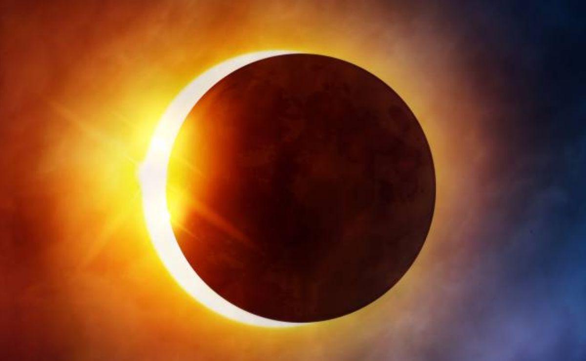 El mes de junio estará lleno de fenómenos astronómicos como un eclipse de sol y una superluna de fresa