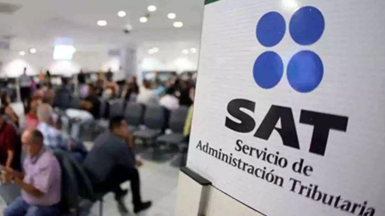 Las vacantes que ofrece el SAT tienen un sueldo mensual de entre los 4 mil 848 y los 15 mil 959 pesos