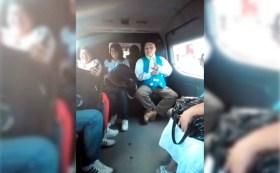Un payaso en redes sociales se volvió viral por contar chistes de asaltos y delincuencia que se vive a bordo del transporte público en el Edomex