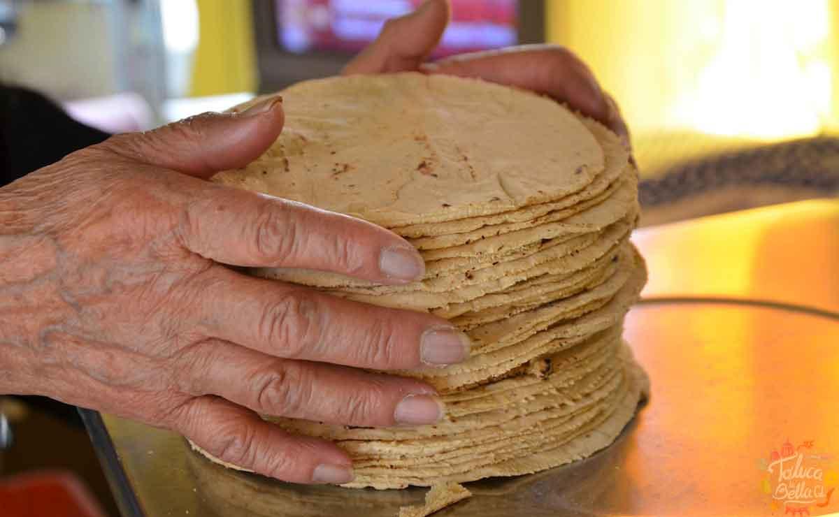 Hombre pierde la vida por comerse un taco en Tortillería.