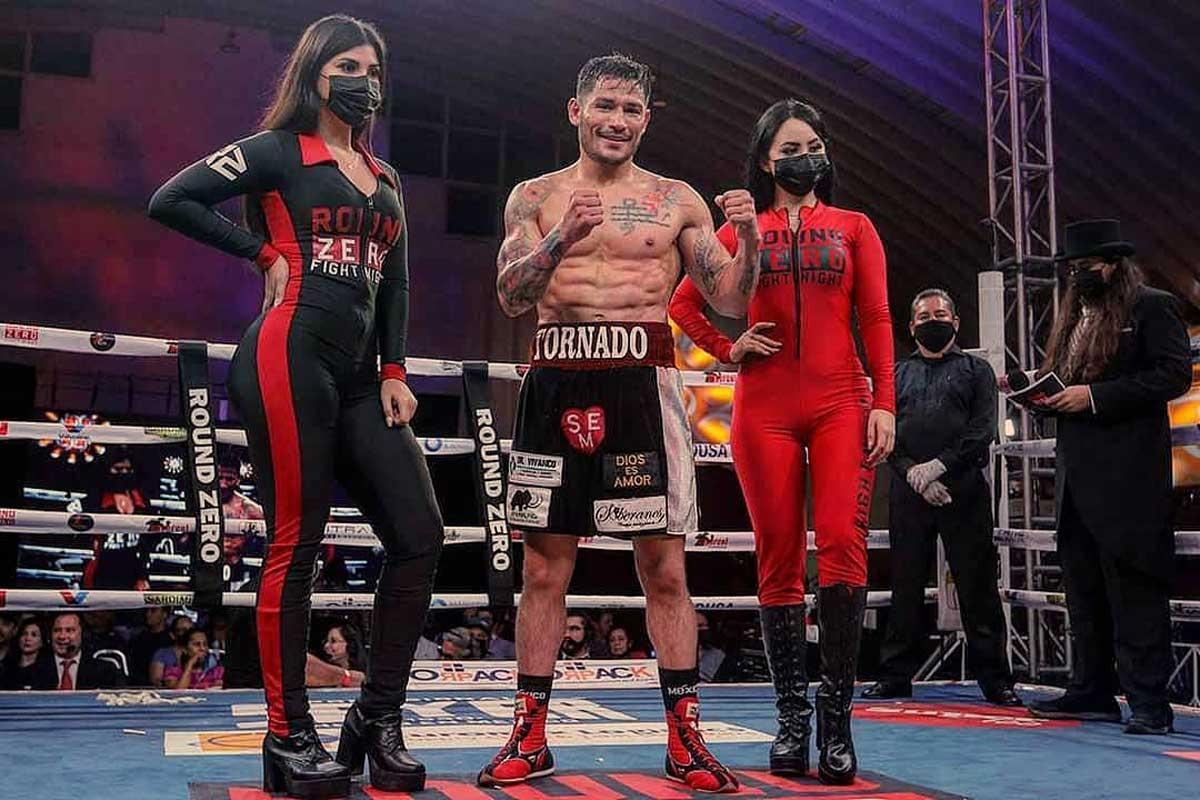 Carmona gano su ultima pelea en Monterrey en peso Welter