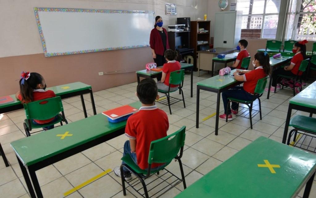 EL REGRESO A CLASES 2021 SERA CON UN MODELO HIBRIDO