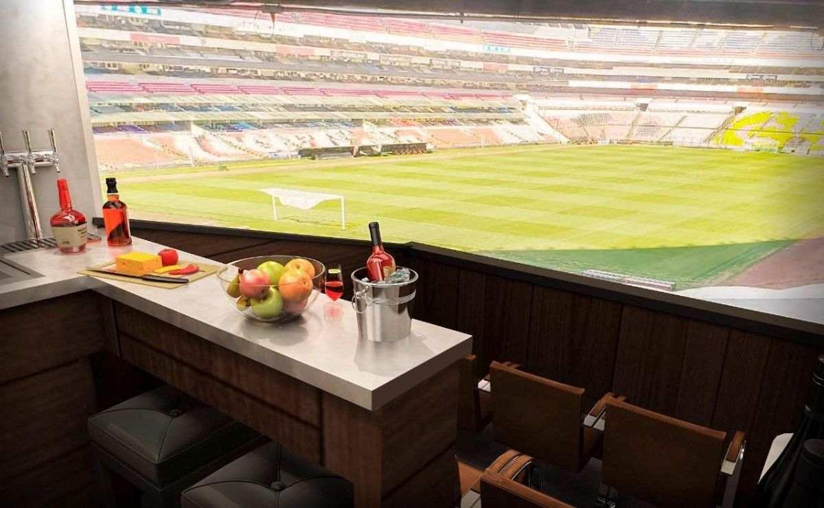 Un palco en el Estadio Azteca con capacidad de hasta 20 personas, estacionamiento y una vigencia hasta el año 2065, con valor de 20 millones de pesos