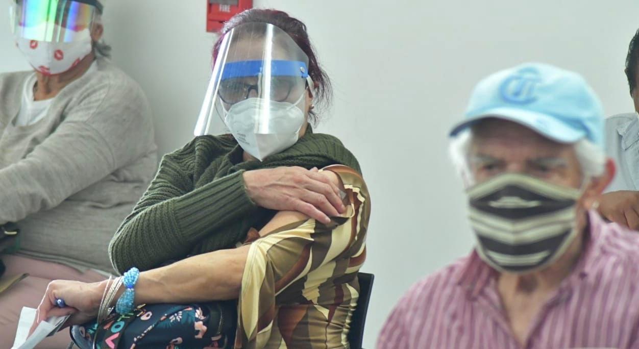 vacuna a los adultos de 50 a 59 años en Toluca inicia el 5 de mayo
