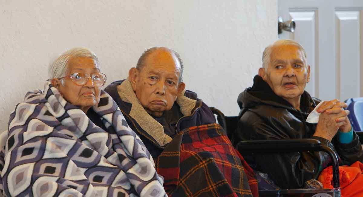 adultos mayores pueden recibir un apoyo bimestral de 2550 pesos en progrma del bienestar adultos mayores