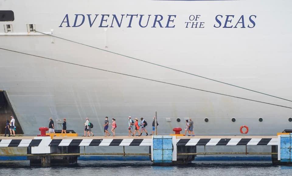 Crucero que llega a Cozumel después de más de un año de pandemia