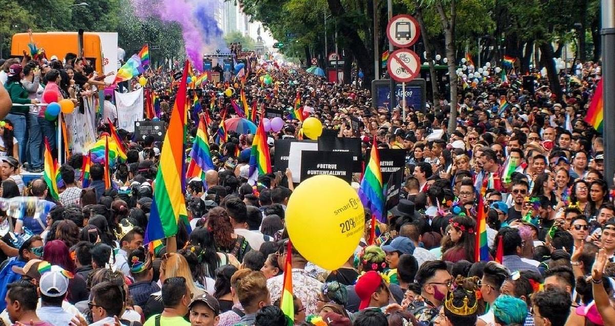 ¿Por qué junio es el mes del orgullo LGBT y que significa su bandera?