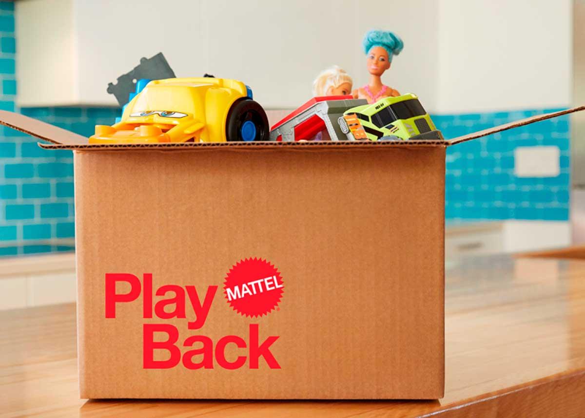 Mattel lanza colección de Barbies hechas con plástico reciclado