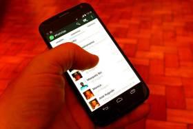WhatsApp cancelo varias cuentas por compartí piratearía