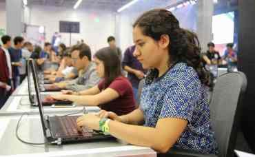 El programa de Jóvenes Construyendo el Futuro abre nueva convocatoria para ganar 4 mil pesos mensuales por un año