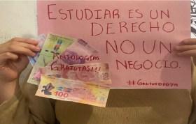 alumnos de la uaemex están luchando para obtener libros de texto gratuitos