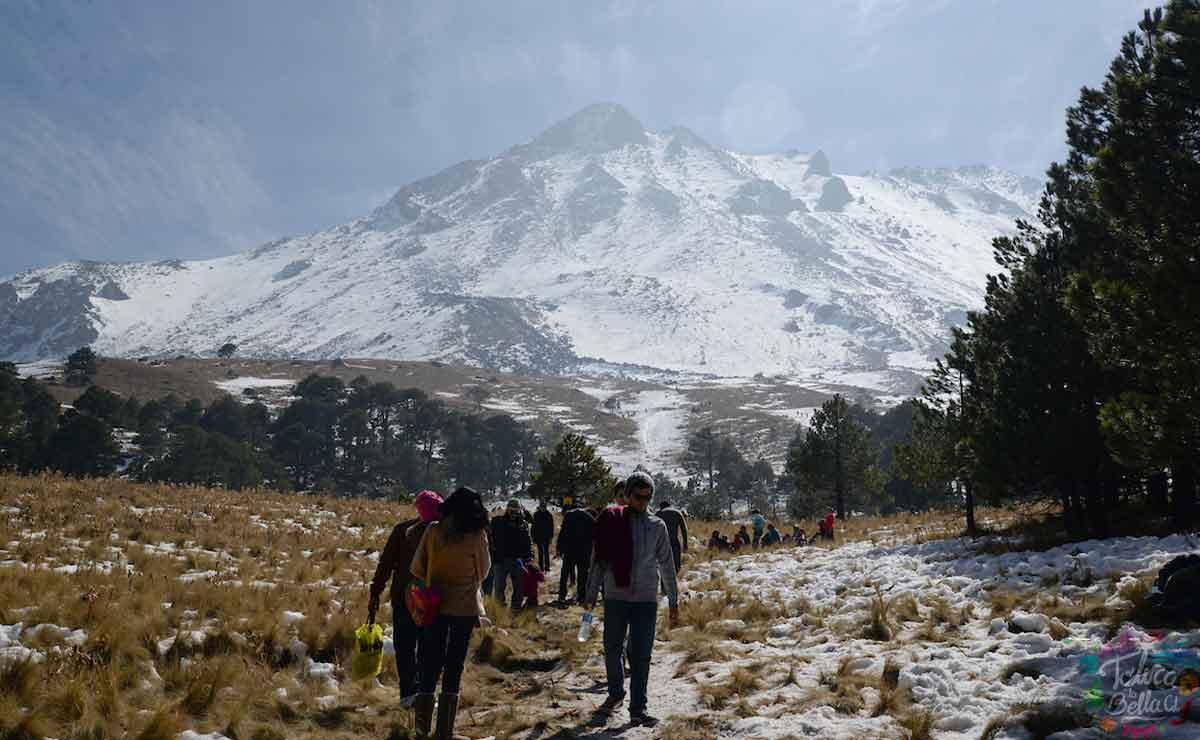 Ofrece servicios turísticos en el Nevado de Toluca.