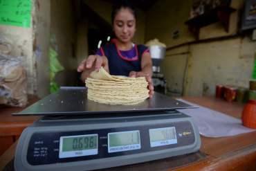 Profeco da a conocer el precio en el que se vende el kilo de tortilla en entidades del país