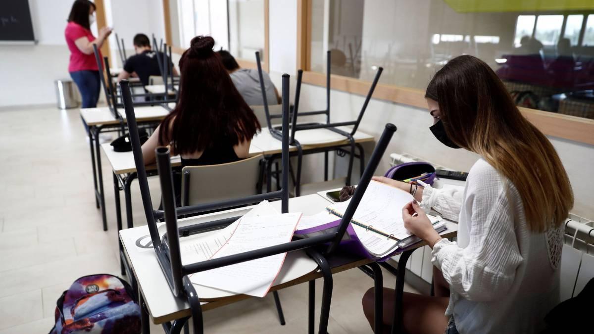 l regreso a clases presenciales en las distintas universidades de México se hará en semáforo verde