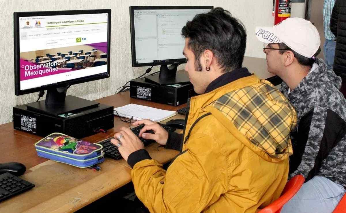 La SEP dio a conocer los cursos en línea que pueden tomar los padres de familia tras el regreso a clases