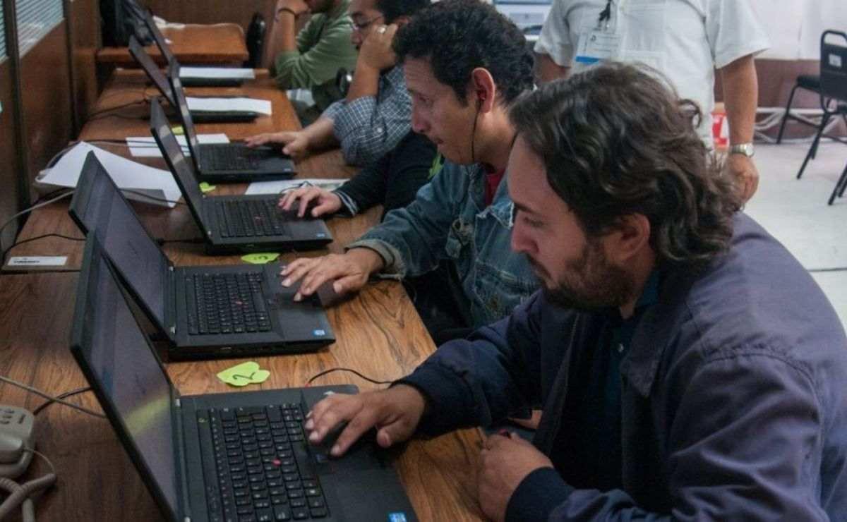 SEP da a conocer convocatoria para participar por una de las vacantes con sueldos desde 22 mil y hasta 72 mil pesos mensuales
