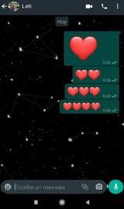 el tamaño de los emojis dpenderá de la cantidad que enviees por whatsapp conoce como enviar motivones gigantes por la aplicacion