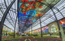 el cosmovitral dee toluca es el más grande y hermoso a nivl mundial y hoy celebra su 41 aniversario