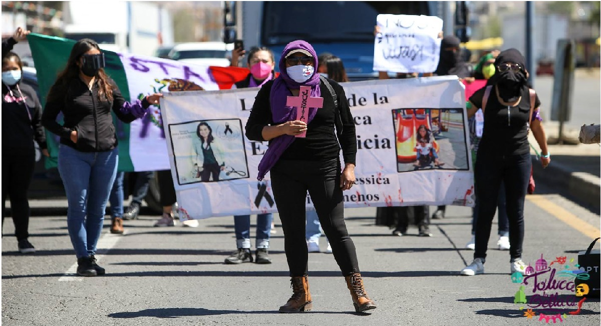 mujeres salen a marchar a las calles del edomex para pedir ayuda y encontrar a mujeres desaparecidas