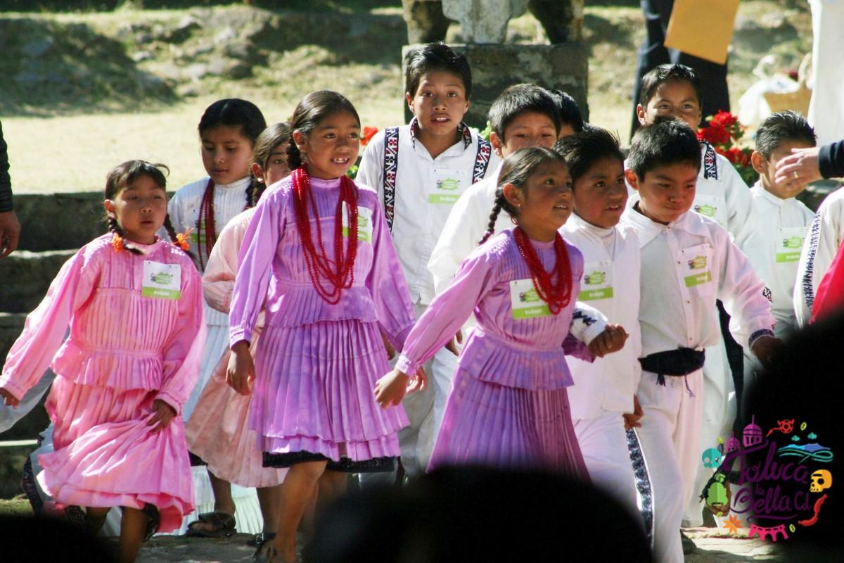 clases comunitaria en comunidad indígena en México