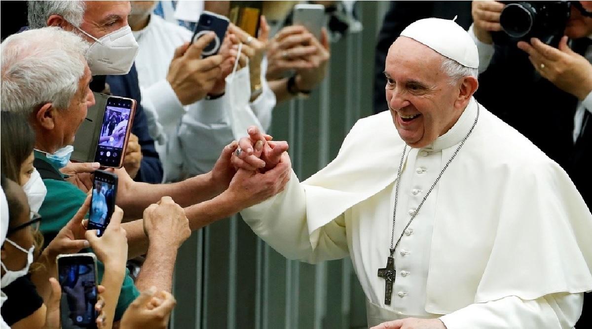 la iglesia catolica esta rezando por el Papa Francisco quien será sometido a una cirugia programada este domingo 04 de julio en Roma