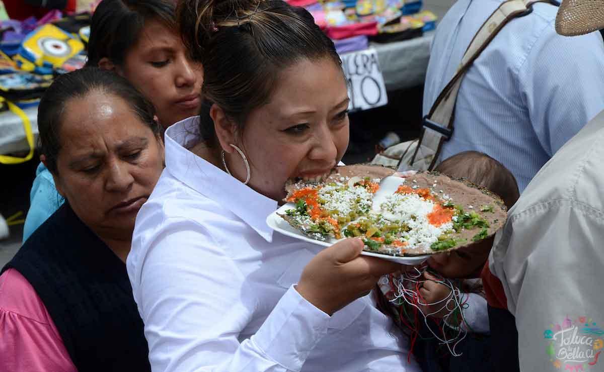 Feria del Huarache en Toluca 2021.