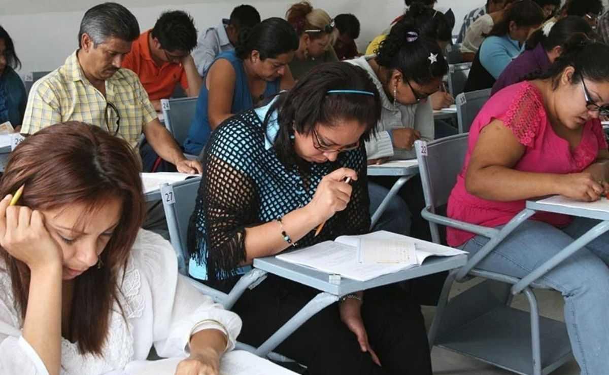 el Sindicato Nacional de Trabajadores de la Educación (SNTE) pide identificar a los responsables hacer trampa en examen
