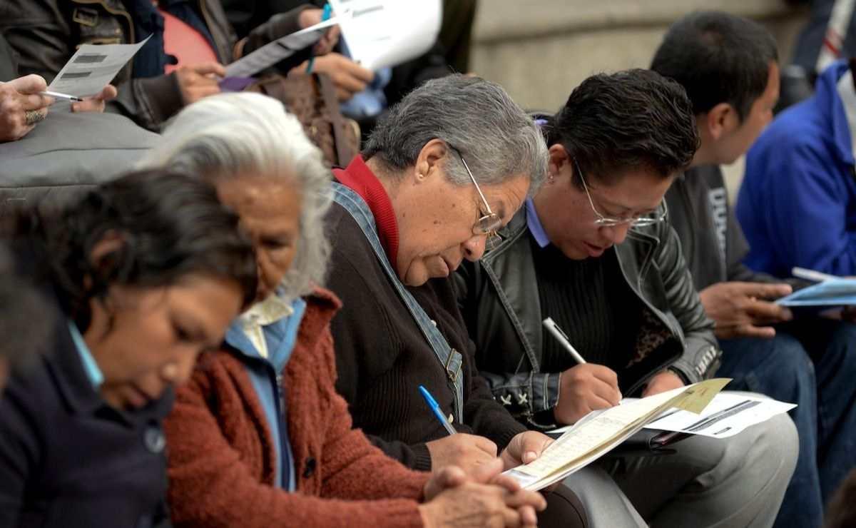 La Secretaría de Bienestar anunció que a partir del 2 de agosto los adultos mayores podrán registrarse para recibir apoyo de 3 mil 100 pesos