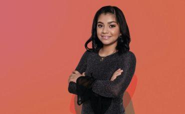 Iveth Camila es una niña de 12 años que aparece en la lista de mujeres más poderosas de México
