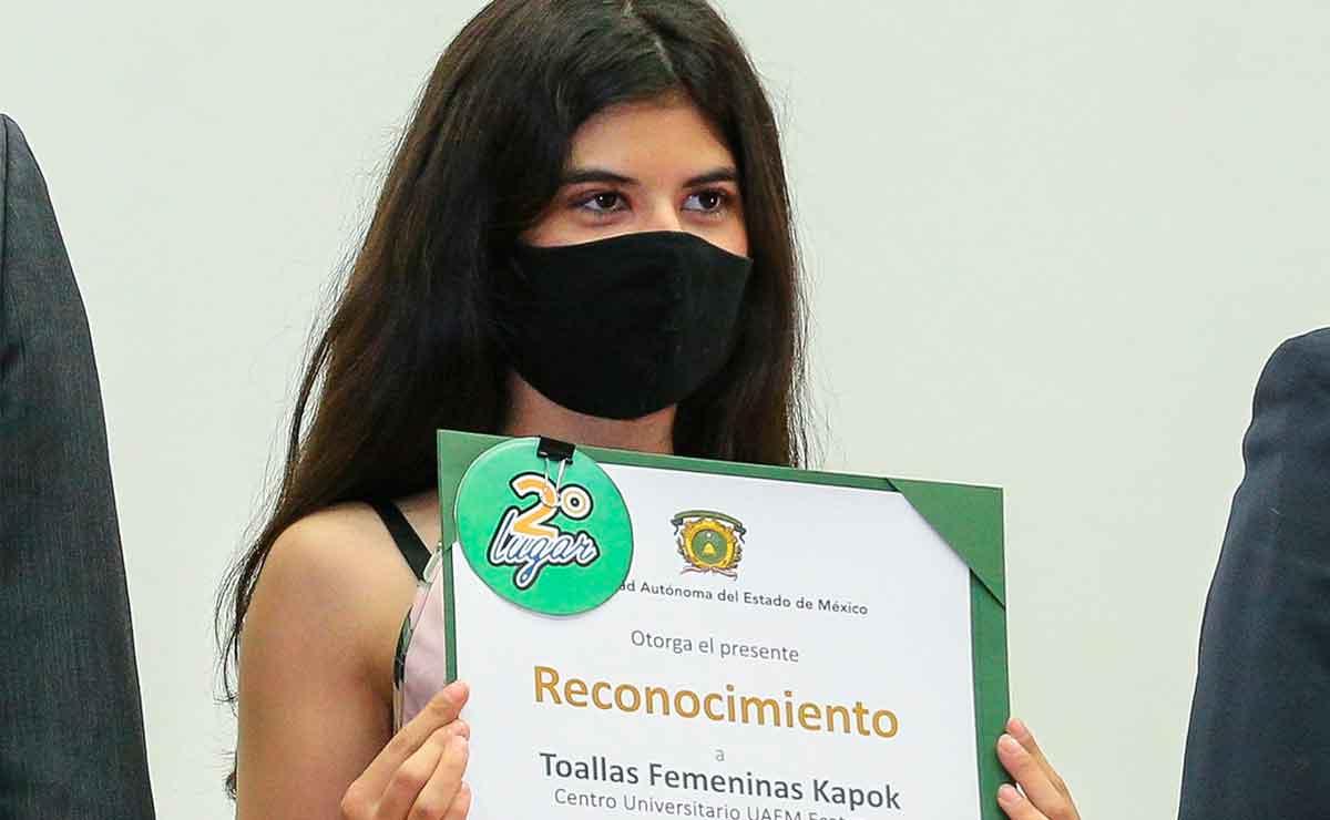 ¡Orgullo mexiquense! Estudiante de UAEMex crea toalla sanitaria biodegradable