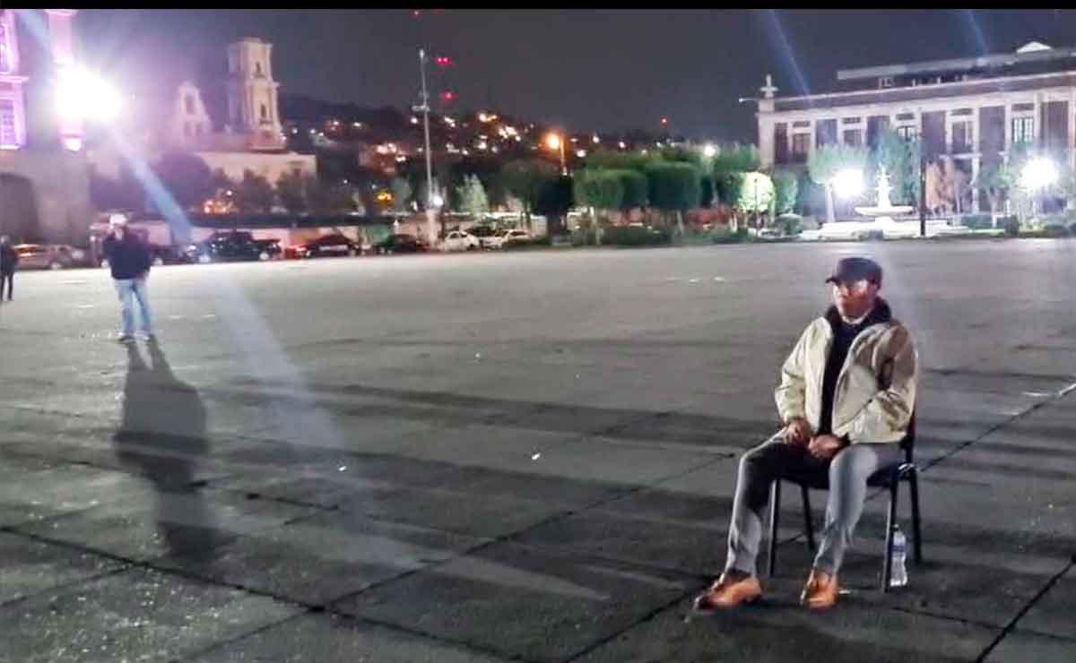 Presidente municipal de Toluca protesta por la falta de dinero para pagar a los trabajadores.