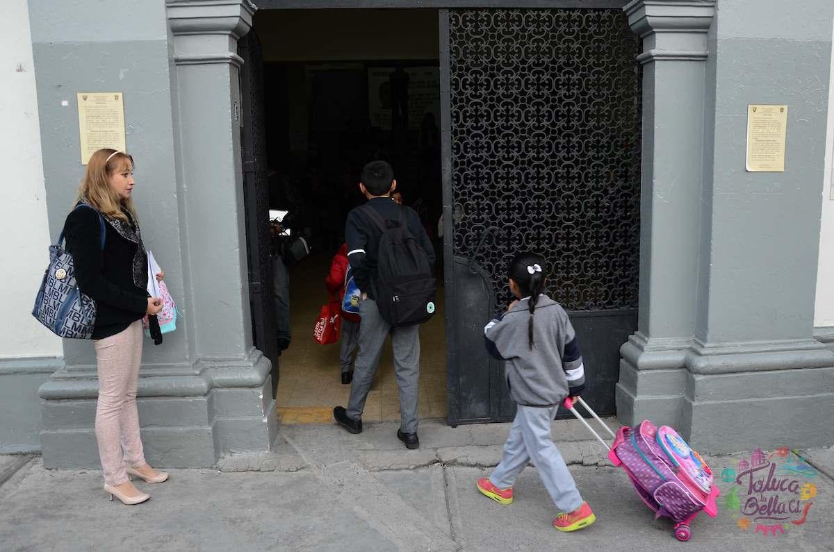 ¿Cuándo inicia el ciclo escolar 2021-2022 en el Edomex?