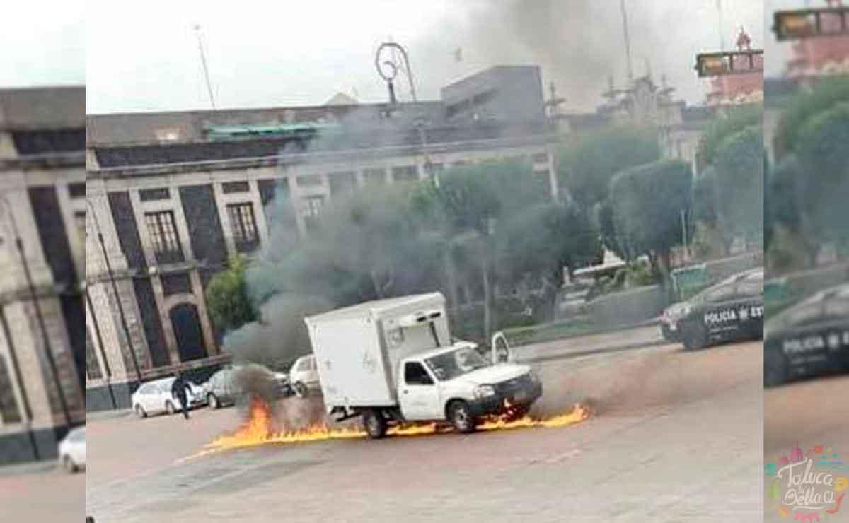 Se incendia camioneta en Toluca. Noticias.