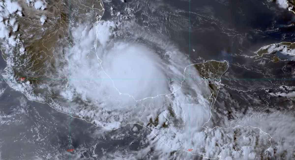 ¡Alerta!, Autoridades advierten estragos que afectarían al clima en Toluca por huracán Grace