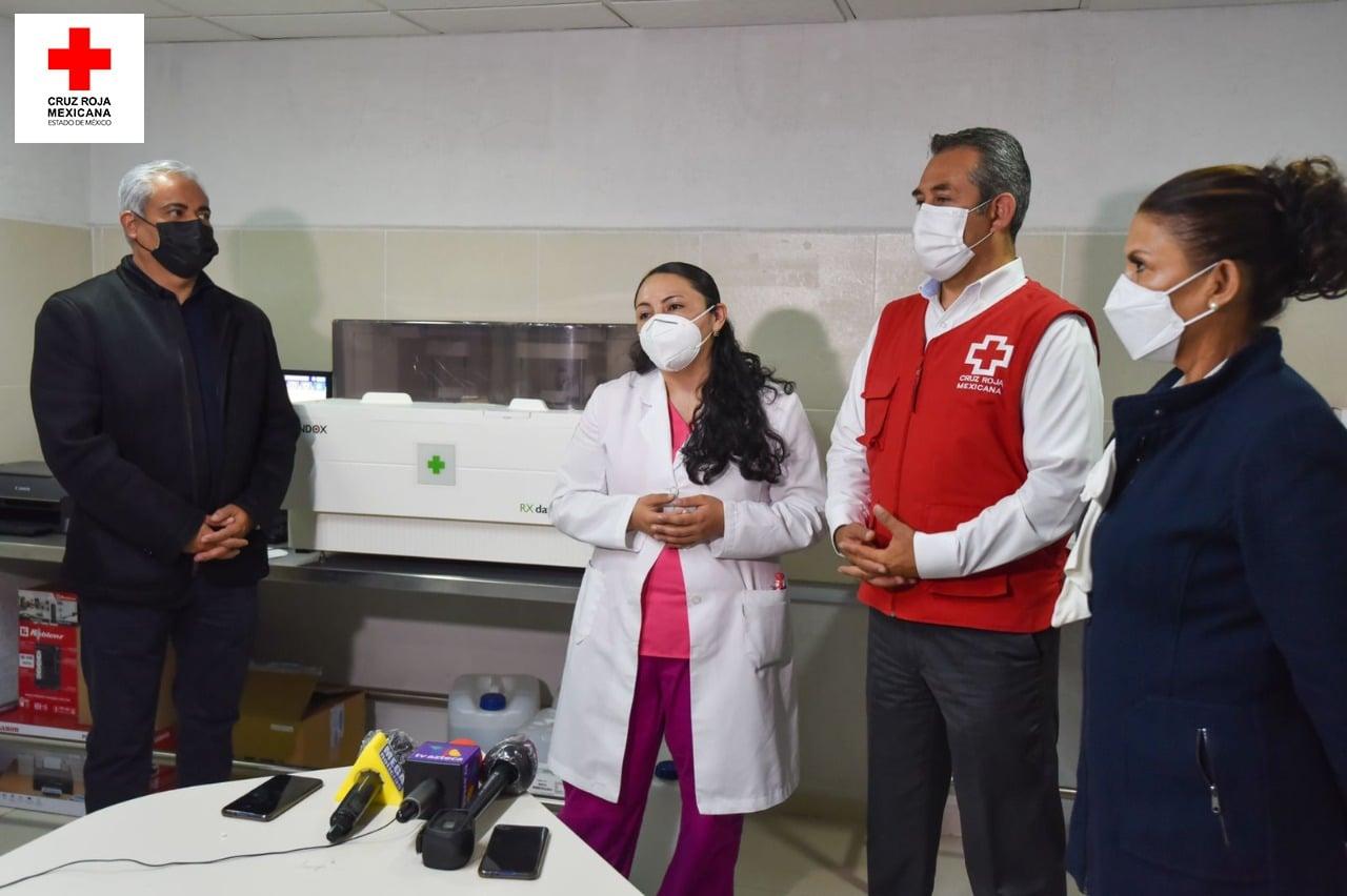 inauguración de Laboratorio de Análisis Clínicos en Toluca