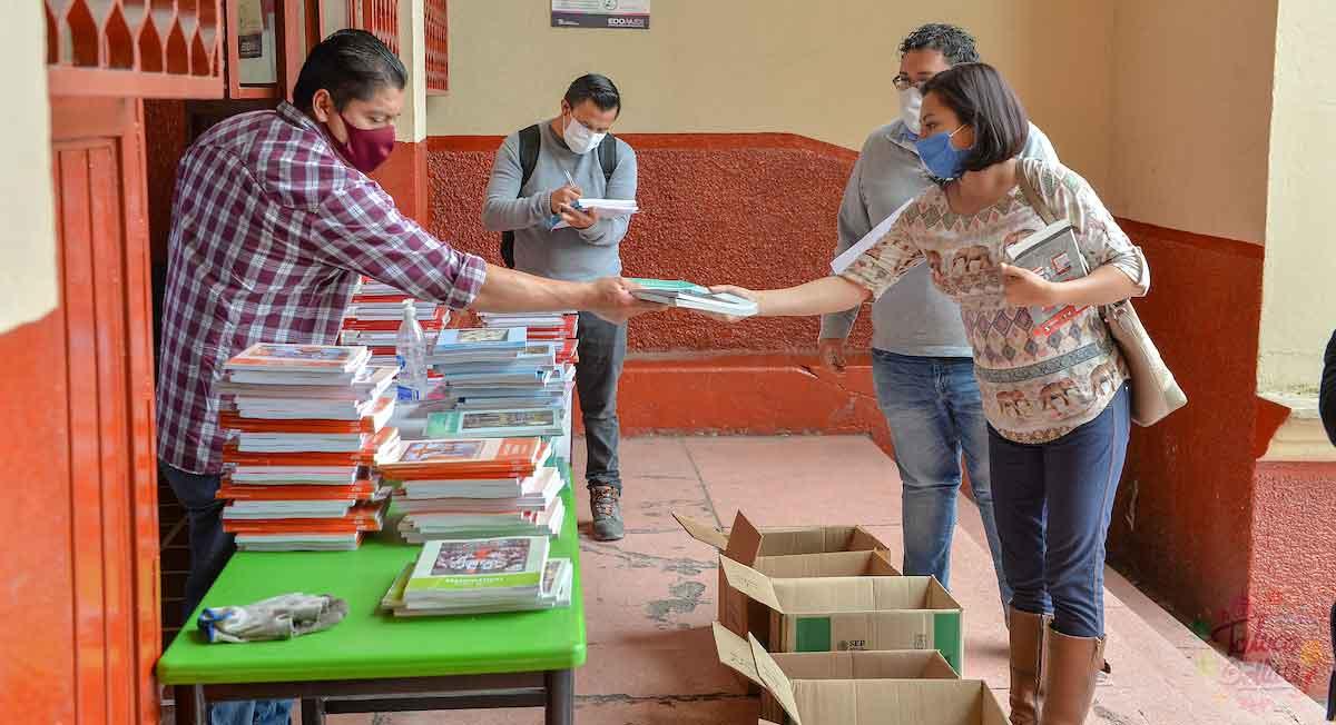Cuándo y dónde darán los libros de texto gratuitos del ciclo escolar 2021-2022