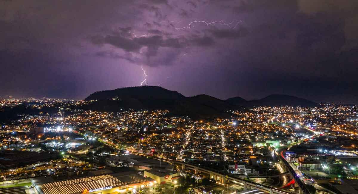 ¿Descargas eléctricas y granizo?, consulta el pronóstico de CONAGUA para el clima en Toluca