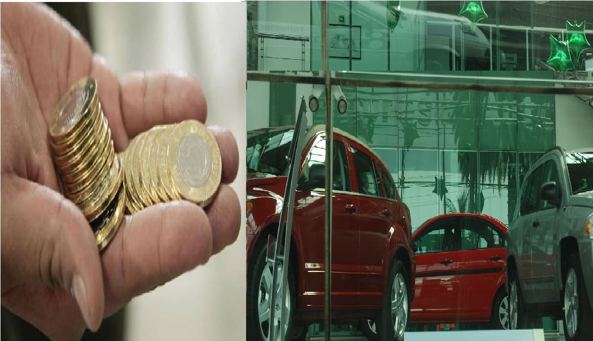 Hombre se vuelve viral al pagar auto de 150 mil pesos con pura morralla